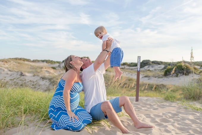 Lifestyle Beach Maternity Session by Brooke Tucker Photography