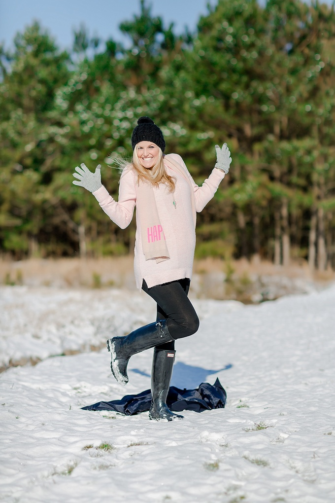 Beautiful Virginia Beach Snowy Maternity Session by Brooke Tucker Photography