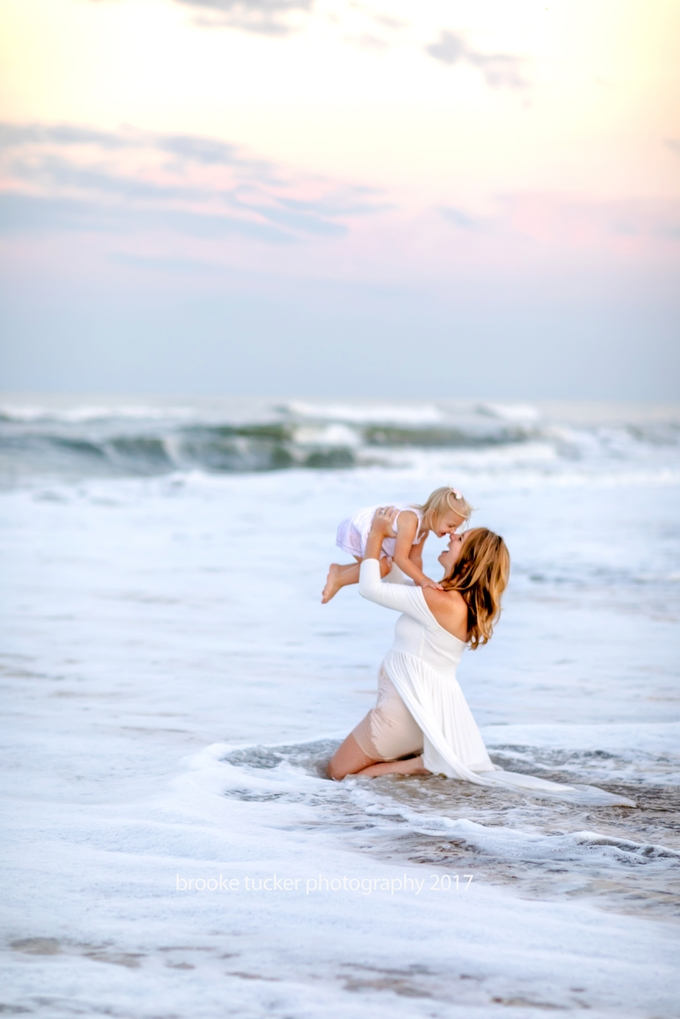 Beautiful beach mother and daughter photographer, virginia beach child and family photographer brooke tucker photography