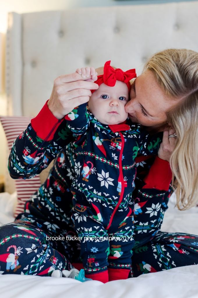 holiday family portraits, lifestyle christmas pajamas, family holiday pj